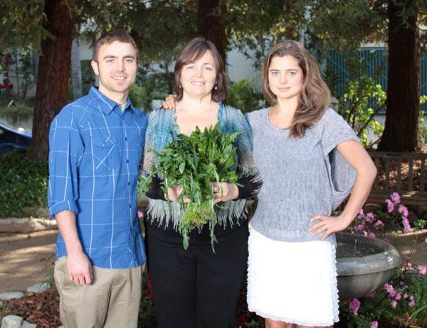 зеленые коктейли позволили Виктории Бутенко излечиться от ожирения и аритмии, ее дети также являются приверженцами сыроедения