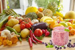 """""""зеленые коктейли"""" следует совмещать с  овощами и фруктами"""
