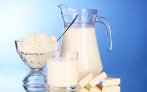 вегетарианство не представляет никакой опасности, если не исключать из рациона творог и молоко