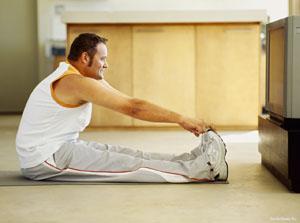 вносите в зарядку разнообразие - например, легкие асаны йоги