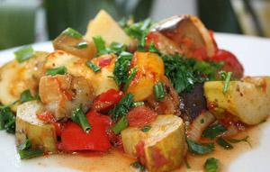рагу из овощей - традиционное лакто-ово-вегетарианское блюдо