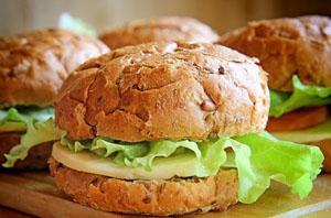 бургер без мяса - один из рецептов лакто-ово-вегетарианства